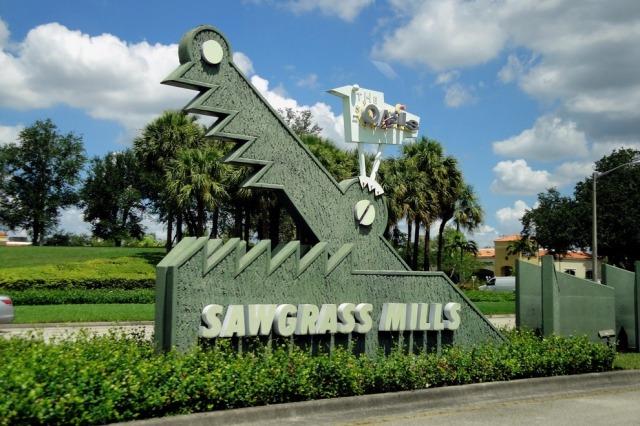 sawgrass-mills-bjsi4fgd9g956-gh2lijjt3rs-hd_54_990x660_201404220739