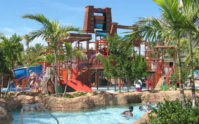 big-bucket-of-splash-aquaventure-waterpark-atlantis-the-palm